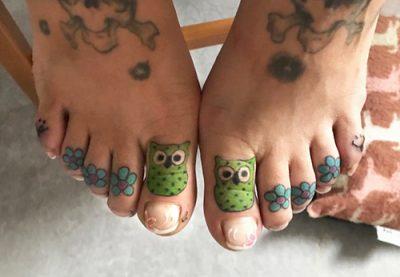 Zehen Tattoo